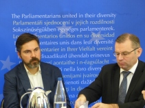 Fabio de Masi and Norbert Lins, MEPs and members of the APE