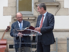 Martin Schulz, President of the European Parliament and member of the APE, and Herbert Dorfmann, MEP and President of the APE