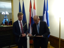 Jan Huitema, MEP and Vice President of the APE, and His Excellency Ed Kronenburg, Ambassador of Netherlands in France