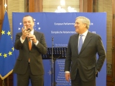 Manfred Weber, MEP and Vice President of the APE, and Antonio Tajani, President of the European Parliament and member of the APE